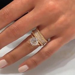 Solitaire Yellow Gold Rope Design Cocktail Round Cut Bridal Set