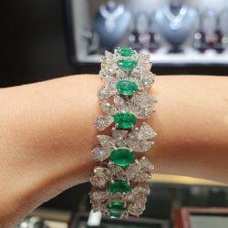 Green Oval Cut Bracelet