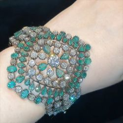 Luxury Round & Pear Green Bracelet