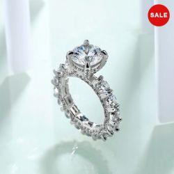Unique Round Cut Engagement Ring